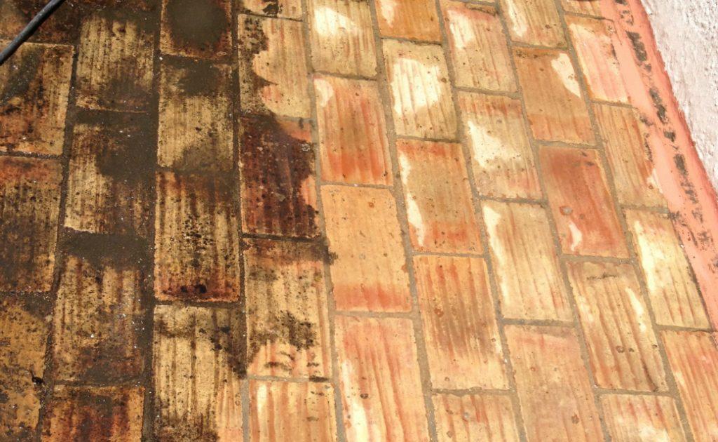 Spraydec Santa Catarina Terrace being jetwashed
